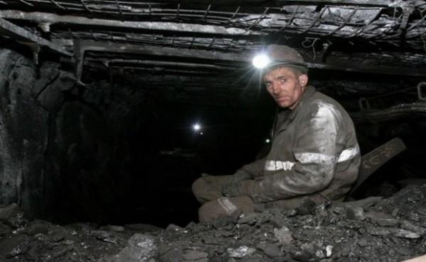 """Toma Petcu: """"Energia produsă din cărbune este cea care ține aprinse luminile în casele a circa o treime dintre români"""""""