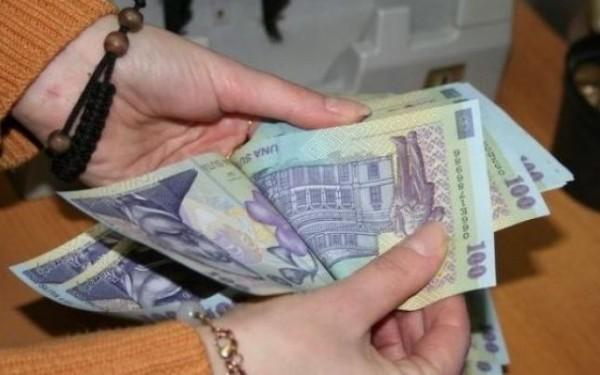 Angajații din administraţia publică locală vor încasa spor pentru muncă în condiţii vătămătoare, de până la 15% conditii din salariul de bază