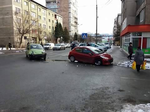 Accident ușor lângă Piața Centrală
