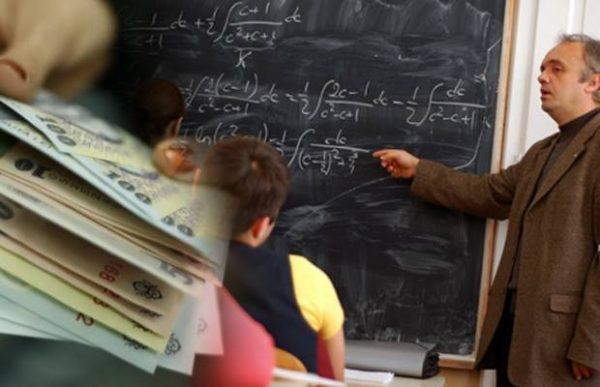 Noua lege a salarizării: Ce măriri salariale vor primi profesorii începând din 2018
