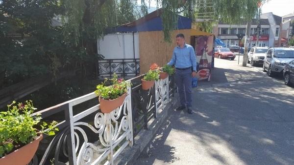 Primarul Lucian Resmeriță continuă actiunile de infrumusețare a municipiului Lupeni