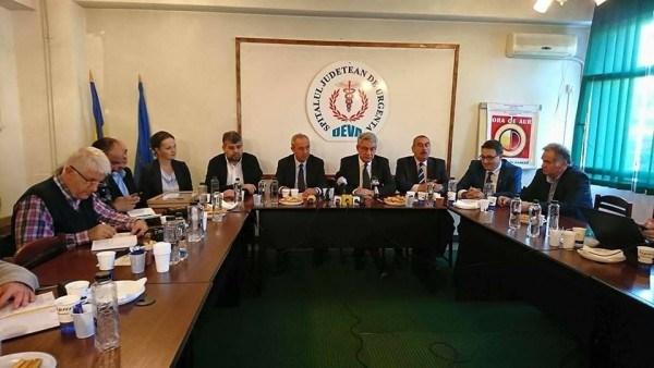 Ce face Primul Ministru Mihai Tudose în județul Hunedoara ?