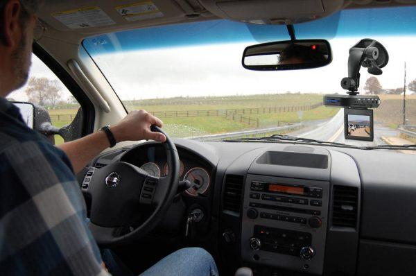 Filmările făcute de cetățeni cu șoferii indisciplinați ar putea fi acceptate ca probe