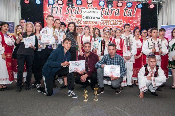 """Trofeele """"Fii star în țara ta !"""" merg la Lupeni și Craiova"""