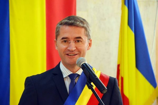 """Municipalitatea din Petroșani intră în era """"Smart City"""""""
