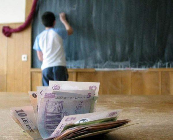 Burse școlare 2019: Câți bani vor lua elevii anul acesta. Categorii de burse