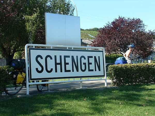 România intră în Schengen! Parlamentul European a votat pentru intrarea imediată a României în spaţiul Schengen