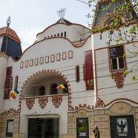 Teatrul de Artă din Deva își redeschide porțile pentru public