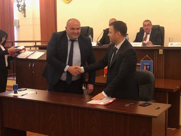 Primarul Vasile Jurca a semnat două noi proiecte europene pentru orașul Petrila