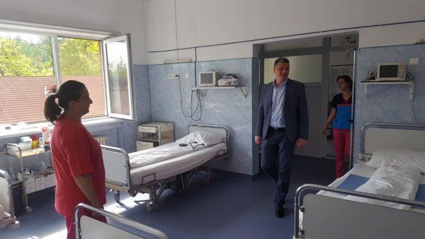 Aparatură medicală nouă, de un milion de lei, la Spitalul din Lupeni