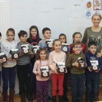"""""""Crăciun dulce"""" pentru 2500 de copii din Lupeni"""