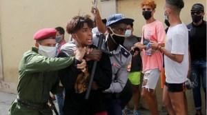 Cuba repressione dei giovani che protestano contro la fame