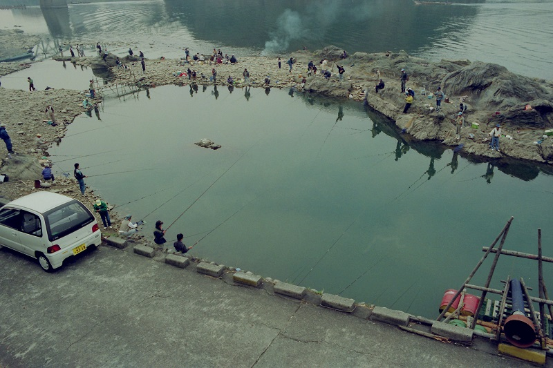 Japan, fishing, Kiso River, Inuyama, 1992, Avard Woolaver