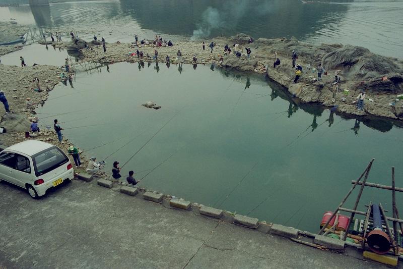 Japan, fishing, Kiso River, Inuyama, 1992, Avard Woolaver