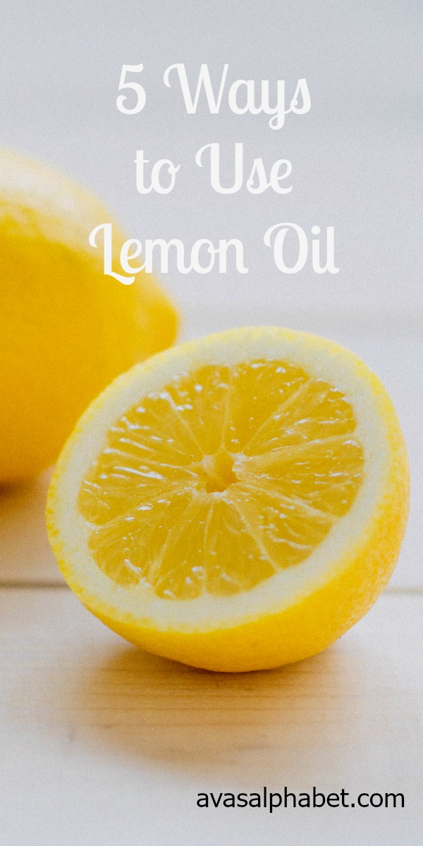 5 Ways to Use Lemon Oil