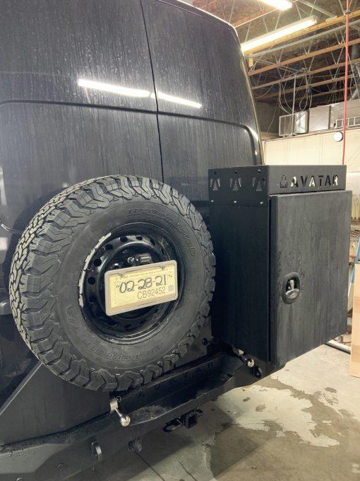 Nissan NV3500 Avatar rear box