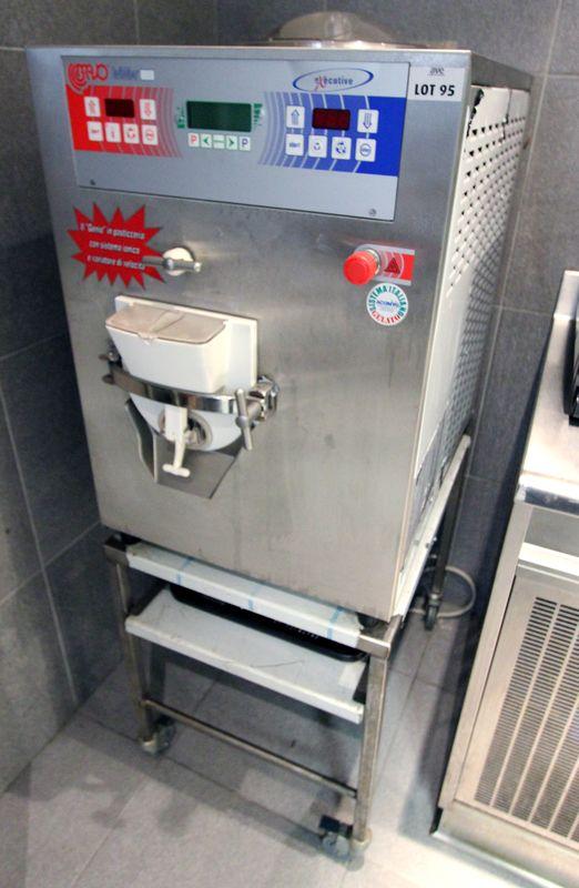 Machine A Glace De Marque Bravo Trittico 183 Etat Neuf