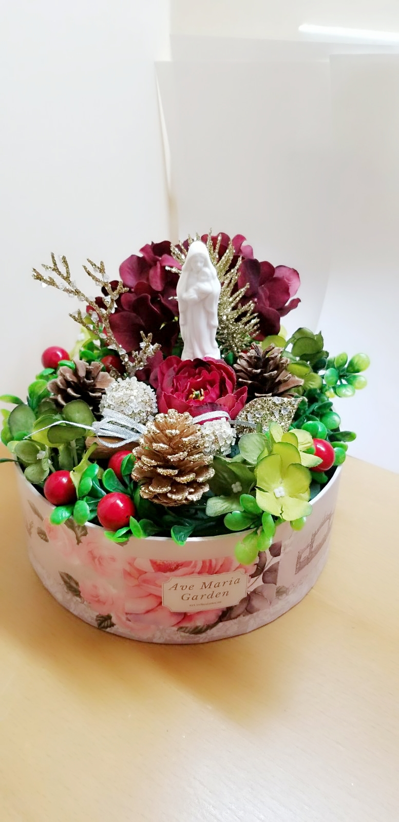 Pretty and Meaningful Christmas Gifts – Corporate Orders are Welcome!