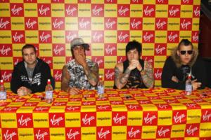 UK Virgin Megastore Signing Session 15-10-2007