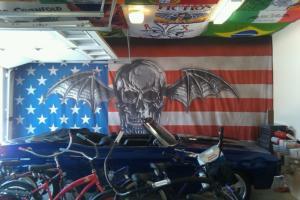 Bandiere nel garage di Matt