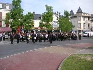 Défilé en commun, centre ville d'Epernay, 26 avril 2010
