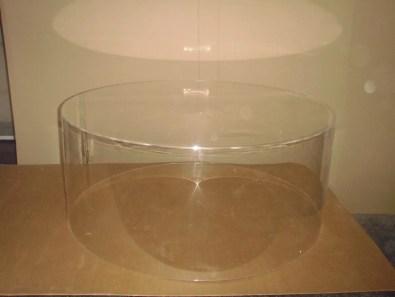 Vitrine plexiglas ronde