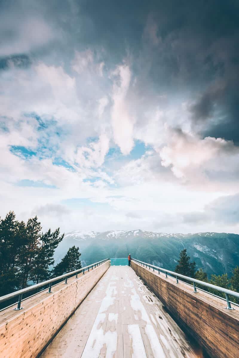 Incredible viewpoint on Stegastein! Sogn Og Fjordane Norway