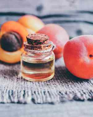 10 Incredible Benefits of Apricot Kernel Oil for Skin, Hair & Health