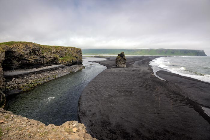 The black sand beaches in Vik Iceland!
