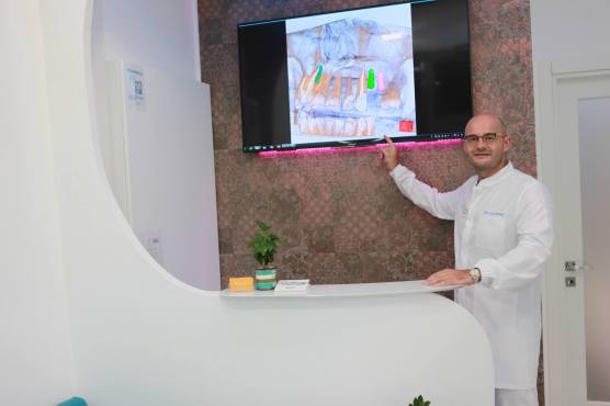 Aventino Dental Reception 2