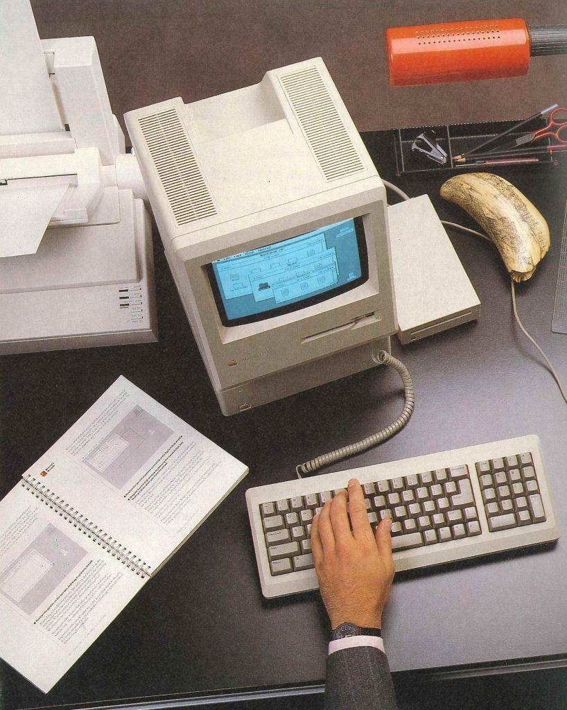 Macintosh Plus manual