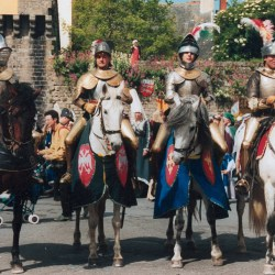 spectacle-equestre-chevalerie-tournoi-chevaliers