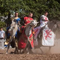 spectacle-equestre-chevalerie-ranrouet-2016-petit-bleus-photos-img_0339