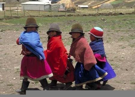 https://i2.wp.com/www.aventurecuador.com/images/contenido/programas/NinosIndigenas.jpg