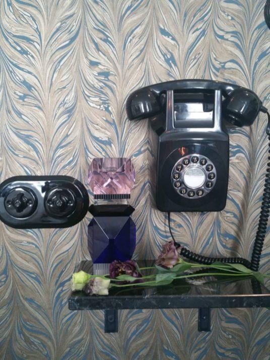 vase-cristal-reflexions-hotel-panache-aventuredeco