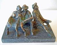 """Jits Bakker, """"Bank Oudjes"""", brons, hoog 12 cm."""
