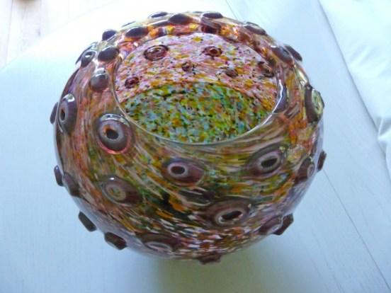 """Sabine Lintzen, """"Murrini Eye"""", 2005, unica geblazen met R.Price; Murrini door Lintzen zelf vervaardigd, aan buitenkant gewerkt."""