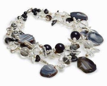 Marleen Rameckers, collier met edelstenen, bergkristal, agaten en glazen kralen.