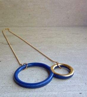 """Yvonne van Zummeren, """"Circles"""", blauw."""