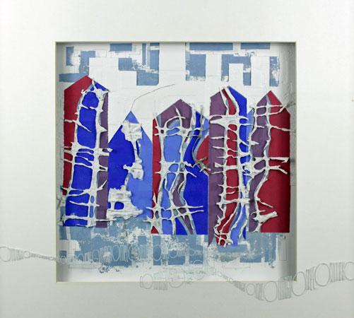 """""""Coming Home"""", 2015, zeefdruk, linodruk, reliëfdruk, sjabloondruk op handgeschept papier. Witte acrylinkt beschrijving, 50 x 50 x 4 cm incl."""