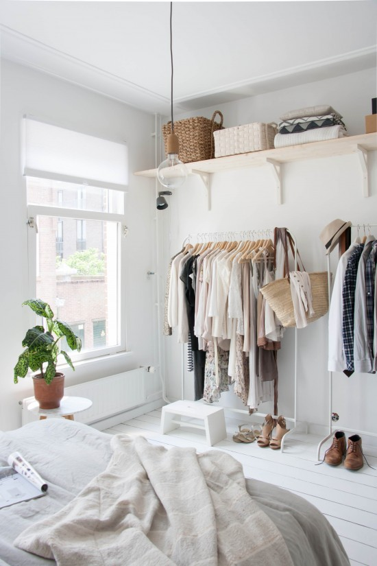 Dressing room inside the bedroom
