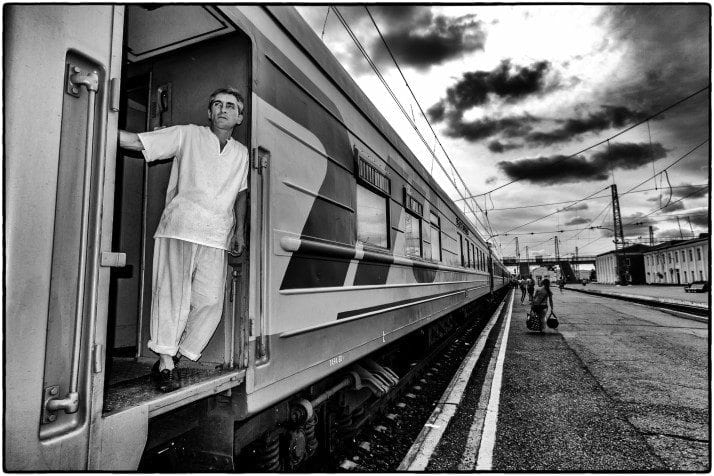 Chef at the Trans-Siberian rail wall, between Moscow and Khabarovsk. CC 2.0 photo by Leidolv Magelssen.
