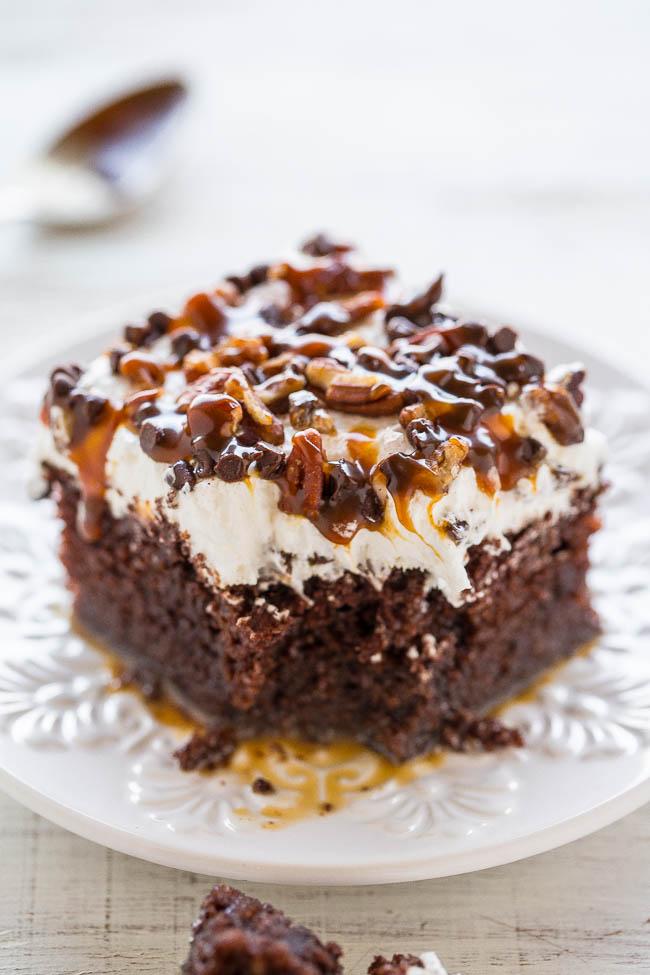 Chocolate Turtle Cake Easy Poke Cake Recipe Averie Cooks