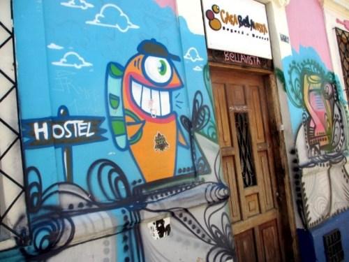 pez graffiti hostel