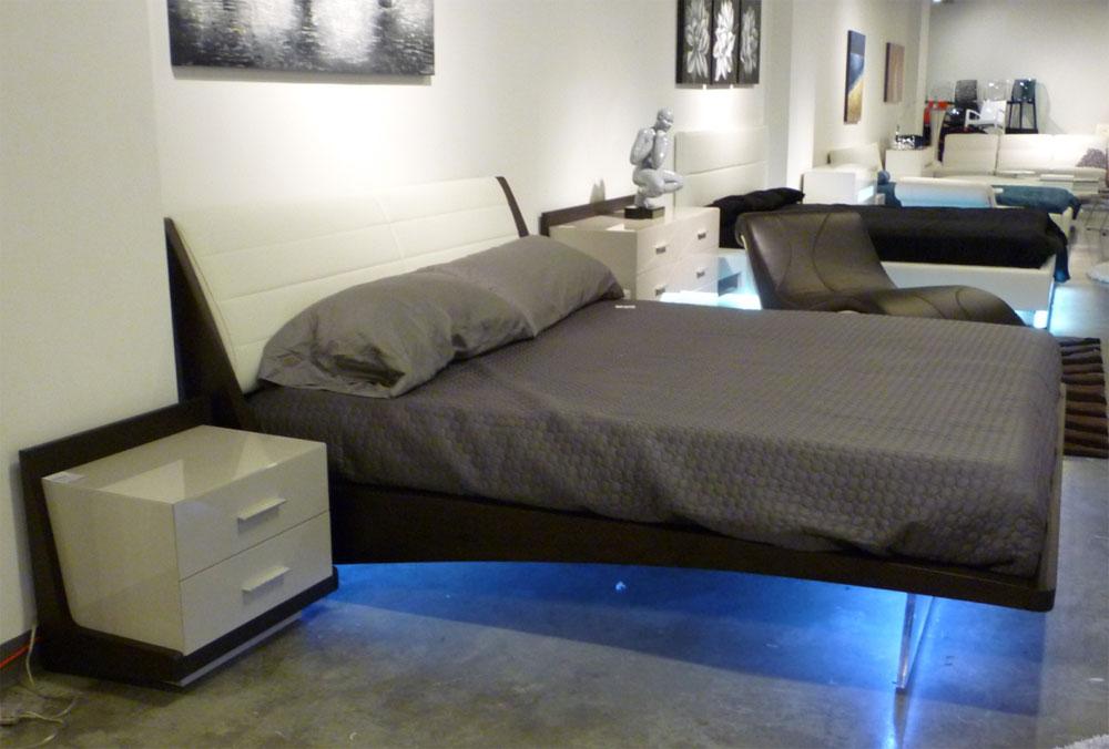Modern LED Bedroom Set Rivera   Contemporary Bedroom