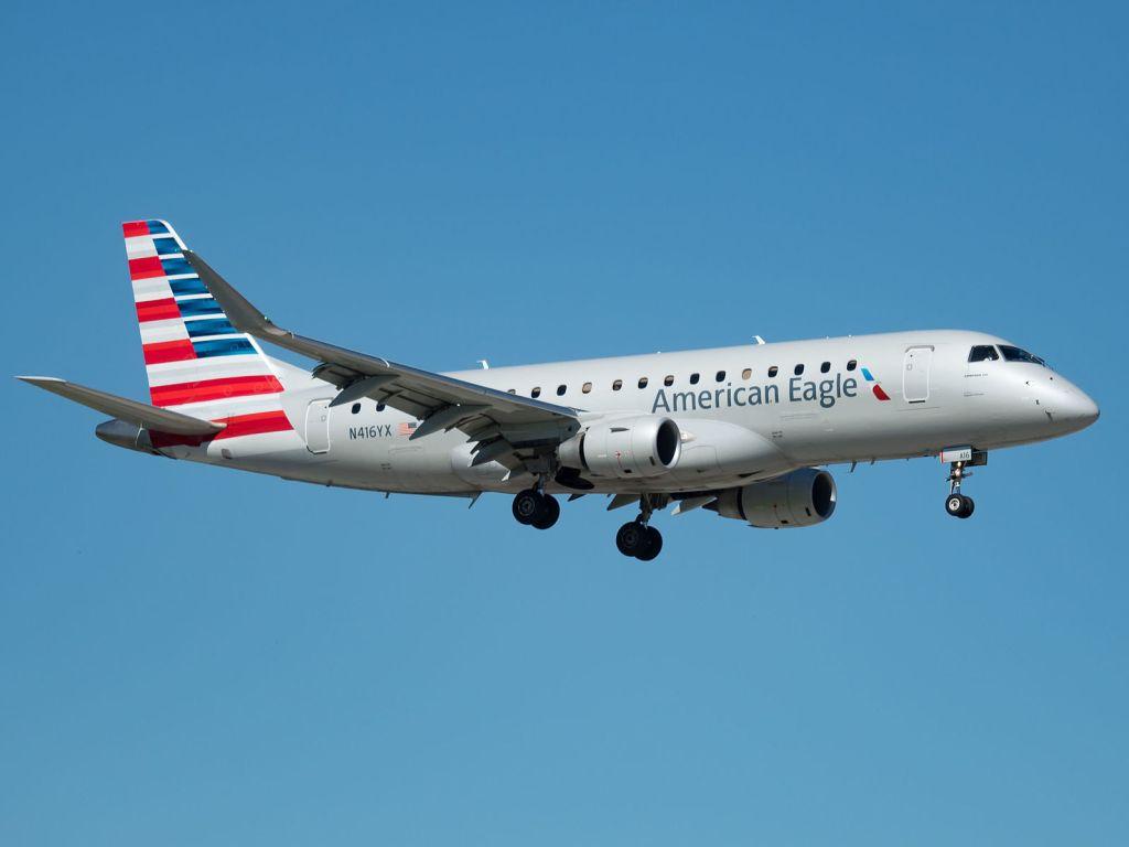 American Eagle Embraer ERJ-175LR at Miami International Airport. Photo by: Venkat Mangudi