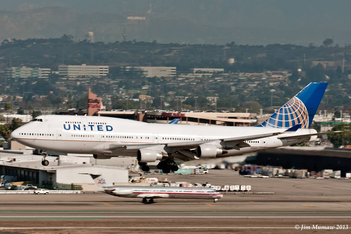 Final Days For Delta and United Airlines Boeing 747-400