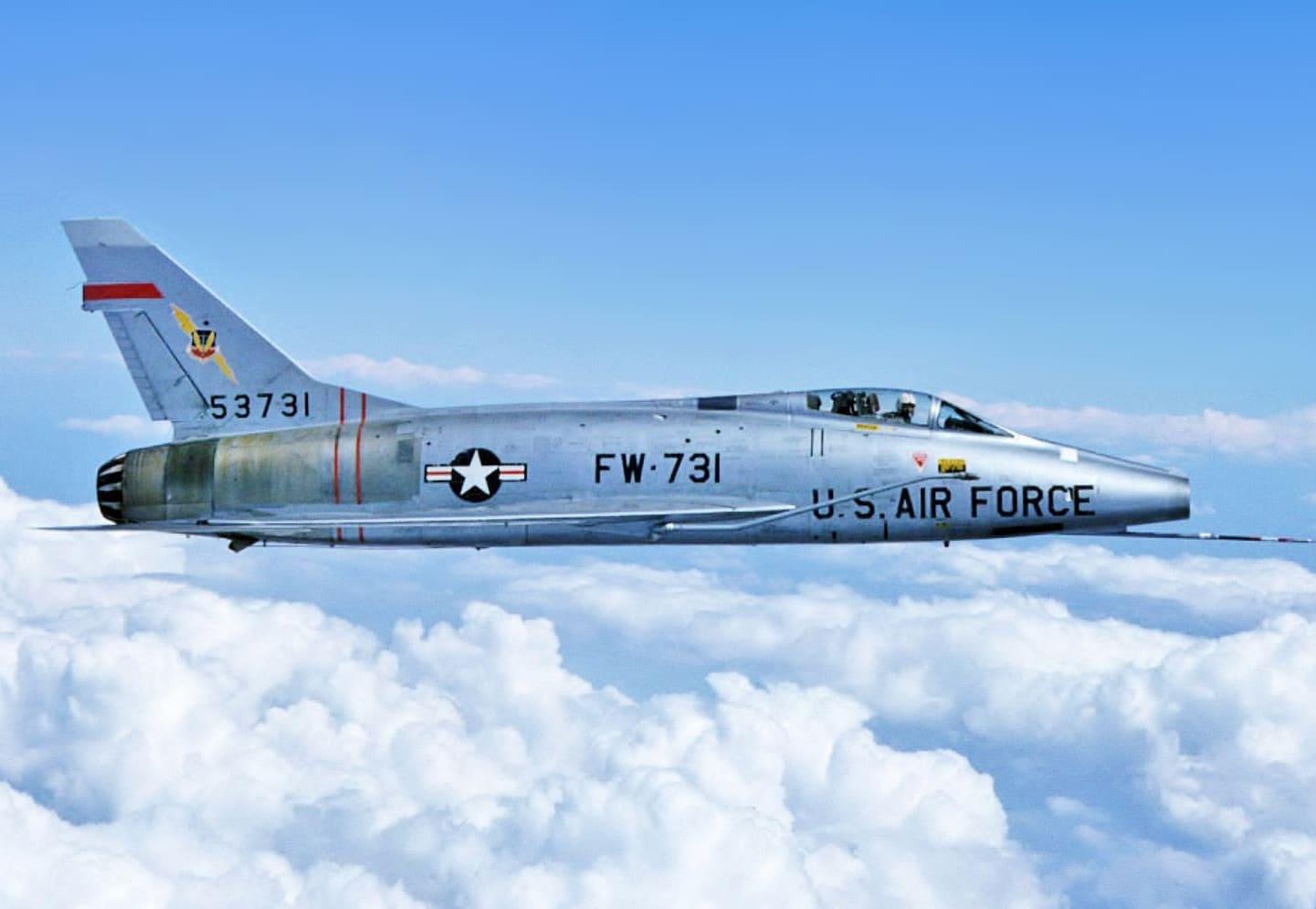 aircraft,F100D,F100,Super,Sabre,attack,Intercept,Bomber,fighter,military,WARBIRD