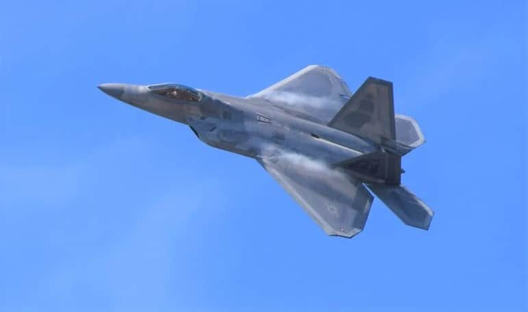Air Combat Command F-22 Raptor to Push the Airshow Limits in 2018