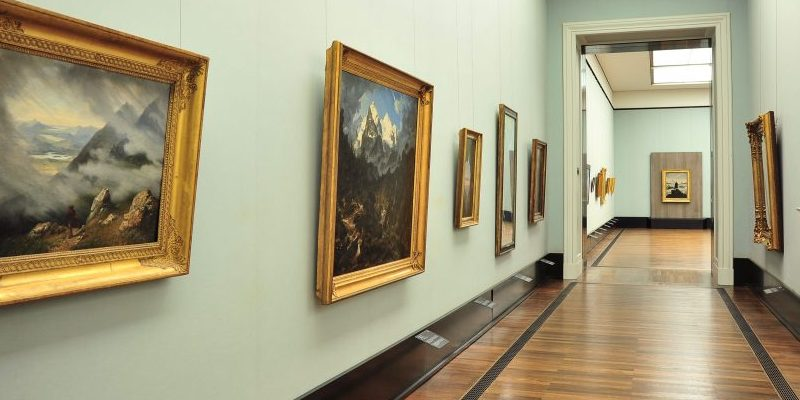 """""""Wanderlust. Von Caspar David Friedrich bis Auguste Renoir"""", Ausstellungsansicht © Staatliche Museen zu Berlin, Nationalgalerie / Andres Kilger"""
